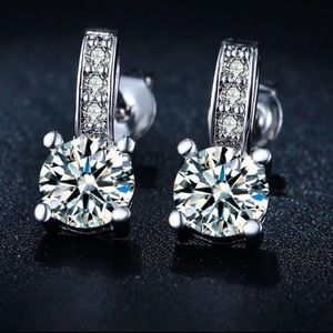 Stud CZ Crystals Silver Earrings New